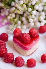 raspberry cake heart shaped