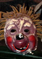Alte Tier-Maske  Igel-Larve  Maskenbrauch  Perchten