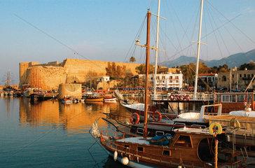 Keryneia Hafen