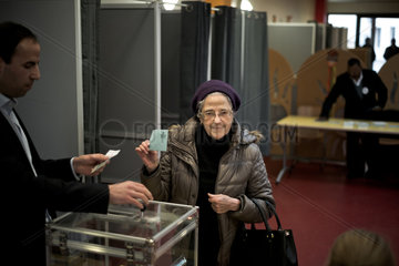 FRANCE-TRAPPES-PRESIDENTIAL ELECTION-LEFT PRIMARY-SECOND ROUND