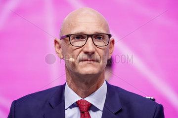 Deutsche Telekom AG - Hauptversammlung 2015 - Timotheus Hoettges