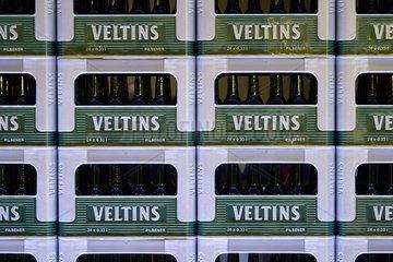 Bilanzpressekonferenz der Brauerei C. & A. VELTINS - VELTINS Bierkaesten