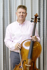 The Management Symphony - Dr. Lutger Dohm  Vorstandsmitglied BP Europa SE