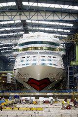 MEYER WERFT GmbH - Bau von Kreuzfahrtschiffen