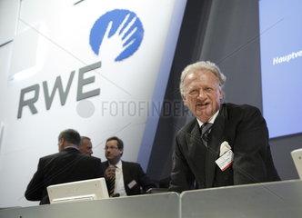 Dr. Thomas R. Fischer  Aufsichtsratsvorsitzender der RWE AG