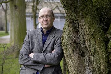 Dr. Ruediger Holzbach  Chefarzt der Abteilung Suchtmedizin an der LWL-Klinik Lippstadt