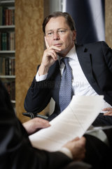 Dr. Thomas Middelhoff  Vorstandsvorsitzender Investmentgesellschaft Berger Lahnstein Middelhoff & Partners LLP
