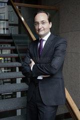 Dr. Dirk R. Notheis  Vorstandsvorsitzender der Morgan Stanley Bank AG