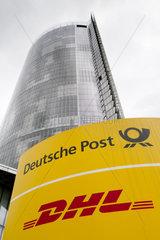 Firmenschilder Deutsche Post AG  DHL und Postbank
