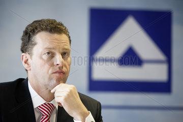 Dr.rer.pol. Burkhard Lohr  HOCHTIEF AG