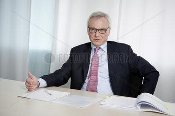 Dr.rer.pol. Peter Noe  Vorstandsmitglied der HOCHTIEF AG