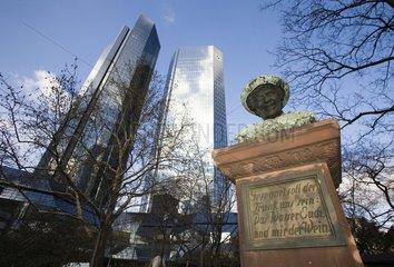 Deutsche Bank  Denkmal in der Taunusanlage