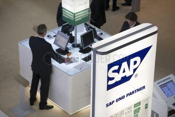 CeBIT 2007 - Messestand der SAP AG