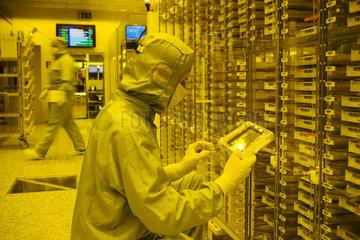 ELMOS Semiconductor AG - Herstellung von Halbleiter-Chips