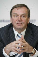 Michael Rosenberg  Vorstandsmitglied der ERGO Versicherungsgruppe AG