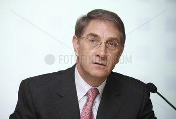 Dr. Lothar Meyer  Vorstandsvorsitzender der ERGO Versicherungsgruppe AG