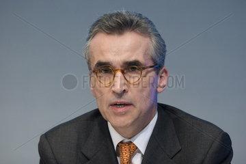 Dr. Norbert Emmerich  Vorstandsmitglied der WestLB