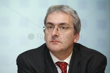 Dr. Michael Thiemermann  Vorstandsmitglied der ERGO Versicherungsgruppe AG