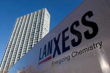 Logo auf einem LKW der Lanxess Deutschland GmbH