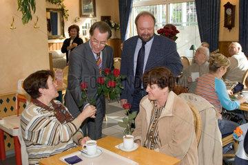 Franz Muentefering  SPD Bundesvorsitzender  im NRW Kommunalwahlkampf 2004