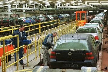 000312716 VW Werk WOB Verladung