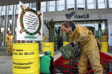 Greenpeace Aktion vor der WestLB