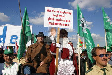 Demonstration des DGB NRW und dbb NRW gegen die Sparplaene der Landesregierung im oeffentlichen Dienst