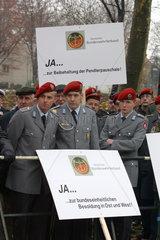 Demonstration gegen Sozialabbau beim SPD Bundesparteitag
