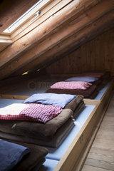 Bettenlager in einer Alpenhuette