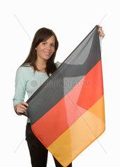 Frau mit deutscher Fahne