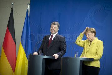 Poroshenko meets Merkel