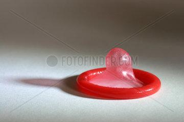 rotes Kondom