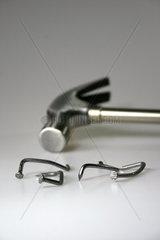 Hammer und Naegel
