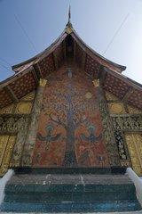 Flammenbaum an der Rueckseite des Haupttempels (sim) im Vat Xieng Thong / L