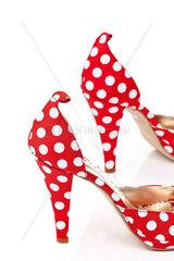 Rote Damen Schuhe High Heels mit weissen Punkten