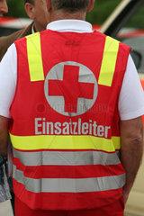 sssterreichisches Rotes Kreuz im Einsatz  Einsatzleiter