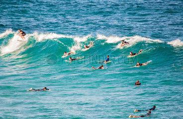 Tamarama Beach-Surfer