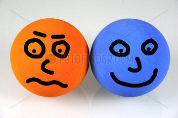 orange vs blau