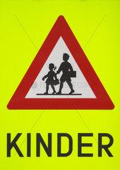 Verkehrszeichen Achtung Kinder