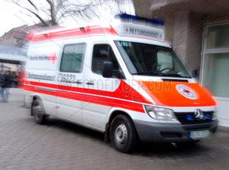 Rettungswagen des deutschen Roten Kreuzes
