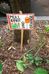 Muelleimer sind Orange