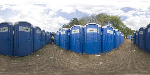 Toiletten beim Serengeti-Festival