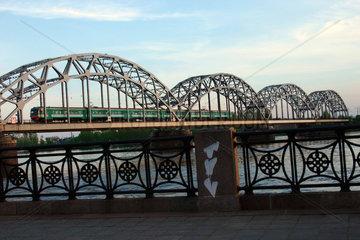 Riga. Eisenbahnbruecke ueber die Daugave.