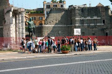 Augustus sculpture at the Fori imperiali