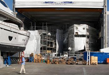 Werft  Luxus-Jachten
