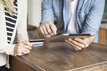 Demonstrating online banking