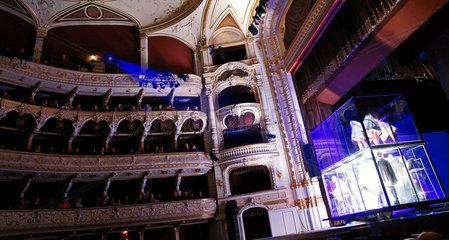 Theaterauffuehrung HNK Ivana Pl. Zajca Glembajevi in Rijeka  Kroatien