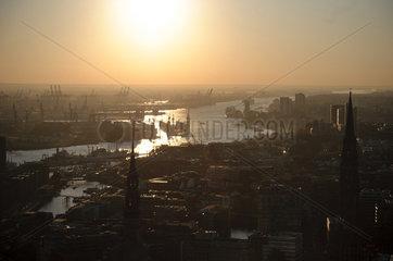 Innenstadt Hamburg  Elbe und Hafen - Luftbild