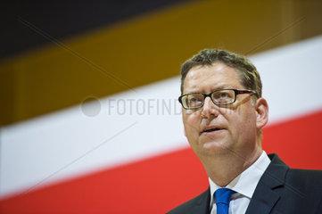 Thorsten Schaefer-Guembel