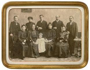 Grossfamilie  Verwandtschaft  Einzelkind  1890